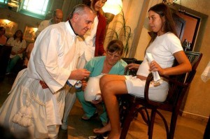 Cardinal Bergoglio Washes Womans Feet